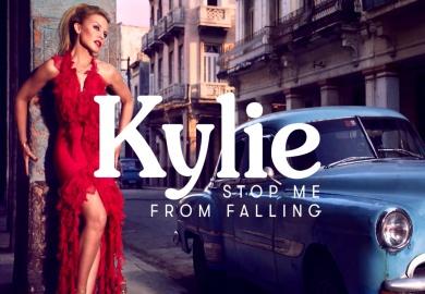 Kylie canta también en español